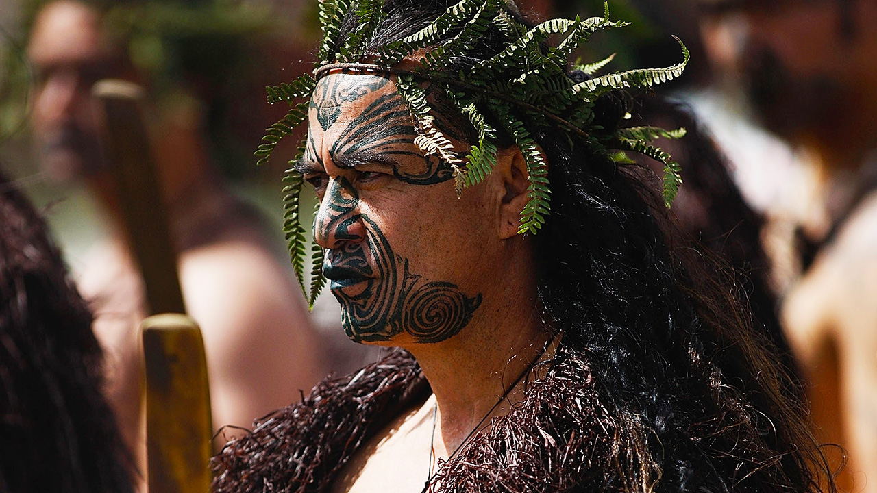 a critical review on the potiki and maori people I think that edmond is right to say that the novel is more complex than might be assumed from some critical  potiki, when some maori  maori people, it has.